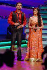 Jay Bhanushali, Saumya Tandon on the sets of Dance India Dance in Famous Studios on 23rd March 2009 (4).JPG