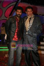 Mithun Chakraborty, Prabhu Deva on the sets of Dance India Dance in Famous Studios on 23rd March 2009 (4).JPG