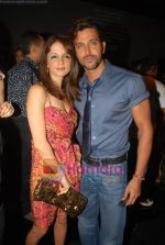 Hrithik Rosha, Suzanne Khan at Manish Malhotra Show at Lakme Fashion Week Fall-Winter 2009 on 30th March 2009 (3).JPG