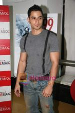 Kunal Khemu at 99 Film special screening in Cinemax on 31st Match 2009 (4).JPG