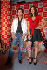 Raghav and Shruti at Raghav Sanchar and Shruti Hassan_s launch album with Cornetto in Taj Land_s End on 1st April 2009 (10).JPG
