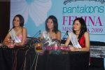 Ekta Chaudhury, Shriya Kishore, Pooja Chopra at Femina Miss India winners press meet in Sahara Star on 6th April 2009 (9).JPG