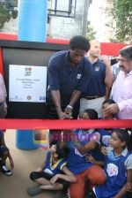 A C Green pose at opening of NBA_s basketball court in Nagpada, Mumbai on 8th April 2009 (2).JPG