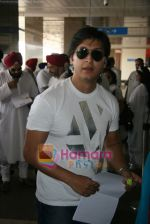 Arjun Punj depart for Golden temple in Domestic Airport, Mumbai on 9th April 2009 (2).JPG