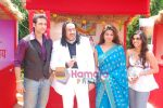 Umesh Pherwani, Hridaya Redkar, Manika Thanda, Mukul Taneja at the launch of film Ek Cutting Chai in Shubham Villa, Mudh Island on 18th April 2009 (42).JPG