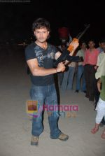 Kasab on location of film Total Ten in Chowpatty on 22nd April 2009 (7).JPG