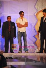 Hrithik Roshan at the launch of Macroman M Series innerwear in ITC Grand Maratha on 24th April 2009 (36).JPG