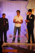 Hrithik Roshan at the launch of Macroman M Series innerwear in ITC Grand Maratha on 24th April 2009 (37).JPG