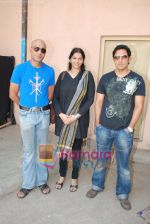 Parveen Dabbas, Amit Behl at the Mahurat Shot of movie The Under-trial in Filmistan, Goregaon on 10th May 2009 (4).JPG