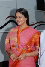 Nagma shoots for Sach Sach Kehta music video with Anil Kant in Filmistan on 19th May 2009 (6).JPG