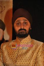Jaswinder Singh at the launch of Jaswinder Singh_s album Ishq Nahin Asaan in Bhavans on 27th May 2009 (6).JPG