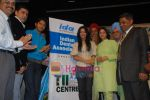 Amrita Rao, Nagma, Shreyas Talpade at IDA event against anti-tabacco awareness in St Andrews, Mumbai on 31st May 2009 (5).JPG