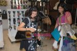 Star Vivaah with Aditi Shirwaikar in Westside Store on 9th June 2009 (21).JPG