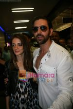 Suzanne Khan, Hrithik Roshan at IIFA Departure in Mumbai Airport on 11th June 2009 (5).JPG
