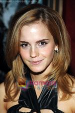 Emma Watson at the premiere of film HARRY POTTER AND THE HALF BLOOD PRINCE on 9th July 2009 in NY (9).jpg