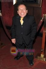 Warwick Davis at the premiere of film HARRY POTTER AND THE HALF BLOOD PRINCE on 9th July 2009 in NY (21).jpg