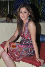 Adita Wahi at Swastik Pictures TV bash in Sheesha Lounge on 10th July 2009 (8).JPG
