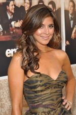 Jamie-Lynn Sigler (1) at the LA premiere of the six season of ENTOURAGE on July 9, 2009.jpg