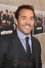 Jeremy Piven at the LA premiere of the six season of ENTOURAGE on July 9, 2009.jpg