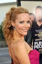 Leslie Mann at the LA Premiere of FUNNY PEOPLE on 20th July 2009 at ArcLight Hollywood, California (1).jpg