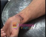 Hrithik Roshan get sussanne tattoed on his wrist (5).jpg