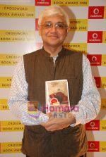 Amitav Ghosh at Crossword Book store awards in Nehru Centre on 23rd July 2009 (4).JPG