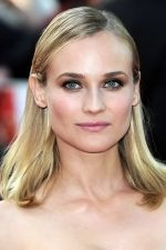 Diane Kruger at the London Premiere of movie INGLOURIOUS BASTERDS on July 23rd, 2009 at Odeon Leicester Square (2).jpg