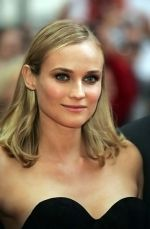 Diane Kruger at the London Premiere of movie INGLOURIOUS BASTERDS on July 23rd, 2009 at Odeon Leicester Square.jpg