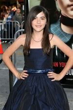 Isabelle Fuhrman at the LA Premiere of movie ORPHAN on 21st July 2009 at Mann Village Theatre, Westwood (5).jpg