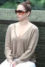 Jennifer Lopez at the Location For THE BACK-UP PLAN ON July 22, 2009 on the Streets of Manhattan, NY (34).jpg