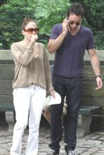 Jennifer Lopez, Alex O_Loughlin at the Location For THE BACK-UP PLAN ON July 22, 2009 on the Streets of Manhattan, NY (2).jpg