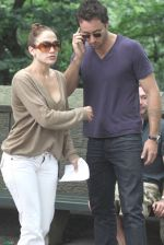 Jennifer Lopez, Alex O_Loughlin at the Location For THE BACK-UP PLAN ON July 22, 2009 on the Streets of Manhattan, NY (3).jpg