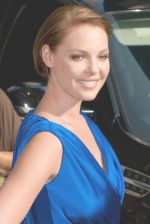 Katherine Heigl at the LATE SHOW WITH DAVID LETTERMAN on July 20, 2009 at the Ed Sullivan Theater, NY (30).jpg