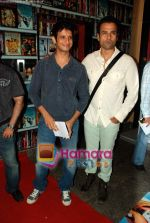 Sharman Joshi, Rohit Roy at the premiere of UTV World Movies - Waltzing with Bashir in PVR, Lower Parel on 29th July 2009  (2).JPG