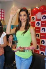 Deepika Padukone promotes Love Aaj Kal in Cinemax on 31st July 2009 (43).JPG