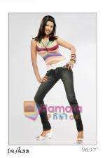 Insha Khan (5).jpg