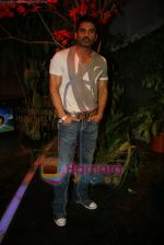 Sunil Shetty on the sets of Boogie Woogie in Andheri, Mumbai on 31st July 2009 (12).JPG
