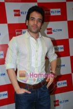 Tusshar Kapoor at Big 92.7 FM on 4th Aug 2009 (16).JPG