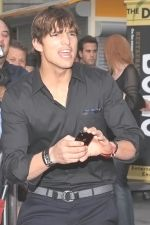 Ashton Kutcher at the LA Premiere of SPREAD on August 3rd 2009 at ArcLight Cinemas.jpg