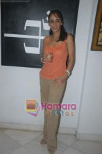 Farah Ali Khan at Ohm art exhibition in Juhu on 6th Aug 2009 (24).JPG
