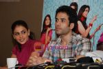 Genelia D Souza, Tusshar Kapoor promote life partner on 12th Aug 2009 (28).JPG