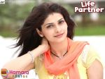 Prachi Desai Wallpaper of movie LIFE PARTNER (19).jpg