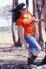 Prachi Desai in stills of movie LIFE PARTNER (40).jpg