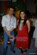 Tusshar Kapoor, Prachi Desai seek blessings of Shri Krishna to promote Life Partner in Andheri on 13th Aug 2009 (7).JPG
