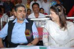 Nagma, Jagdish Tytler at cricket match organised by Bablu Aziz in Santacruz on 16th Aug 2009 (2).JPG
