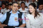Nagma, Jagdish Tytler at cricket match organised by Bablu Aziz in Santacruz on 16th Aug 2009 (5)~0.JPG