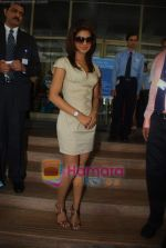 Priyanka Chopra at the launch of Novaltis Radiosuregery scanner for tumors in Ambani Hospital on 16th Aug 2009 (16).JPG