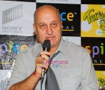 Anupam Kher at the Press Conference and Premiere of film Teree Sang in Spice World, Noida on 6th Aug 2009 (4).JPG
