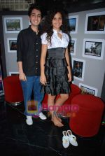 Ayesha Kapur, Parzun Dastur at Sikandar promotional event in PVR on 17th Aug 2009 (14).JPG