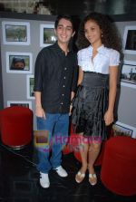 Ayesha Kapur, Parzun Dastur at Sikandar promotional event in PVR on 17th Aug 2009 (5).JPG